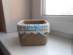 Fun Crafts, Diy And Crafts, Plastic Buckets, Crochet Home Decor, T Shirt Yarn, Chrochet, Crochet Projects, Basket, Planners