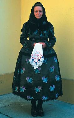 Wealthy woman's costume from Kalocsa, Hungary (XIX century)