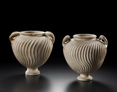 K. Grusenmeyer offers these rare and important Roman marble funeral urns from the 1st-2nd century AD at the BRAFA Art Fair 2016