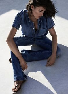 denim overall. Via la cool et chic