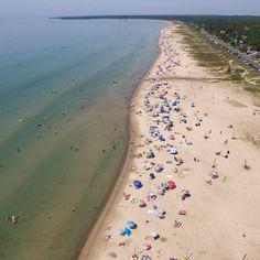 Ontario: 7 plages qui vous donneront l'impression d'être au bord de la mer Lac Huron, Ontario, Photos Voyages, Parc National, Grands Lacs, Destinations, Canada, Plein Air, Road Trips
