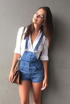 Emily+Ratajkowski+wearing+Marc+Jacobs+Mischief+Topstitched+Leather+Satchel+in+Toffee+and+Ksubi+Overall+Shorts