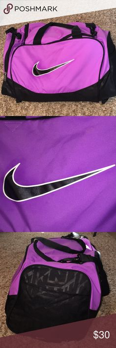 Purple Nike Duffle Bag no flaws like new and is very spacious Nike Bags