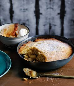 Pear, honey and ginger pudding