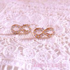 Infinity Ohrstecker ♡ Infinity Earrings // #lovelythingscom