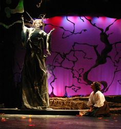 Google Image Result for http://www.shorter.edu/Images/academics/arts/theatre_gallery/into_woods/Into-the-Woods-020.jpg