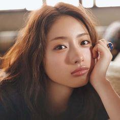Image may contain: 1 person Asian Model Girl, Asian Girl, Satomi Ishihara, Prity Girl, Artists And Models, Asian Eyes, Cool Poses, Asian Cute, Japanese Artists