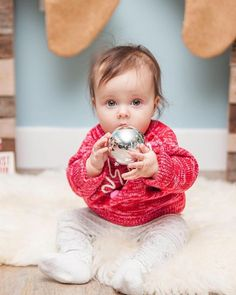 Only 18 days until CHRISTMAS!!! #thecountdownbegins #christmas #christmasminis #photography #canon #mk3 #baby #cute #thatsdarling #portraits #childphotography Holiday Mini Session, Mini Sessions, Days Until Christmas, Christmas Minis, 18 Days, Children Photography, Canon, Portraits, Cute