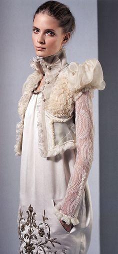 Vogue Nippon March 2006 Julia Stegner by Alex Cayley Balenciaga Couture Details, Fashion Details, Love Fashion, High Fashion, Womens Fashion, Fashion Design, Fashion Goth, Balenciaga Spring, Fru Fru