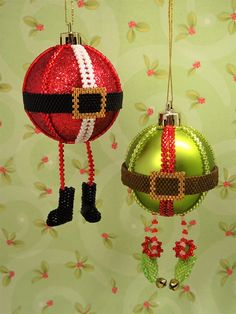 My Santa & Elf Bauble Tutorial is new for 2017. You will learn how to turn a 5cm diameter bauble and some Miyuki Delica beads in the appropriate colours into these cute Santa and Elf decorations using mainly peyote stitch with a little bit of bead embroide...