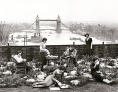 The year 1932: London ladies picnic on the rooftop of Adelaide House—which then boasted a fruit and flower garden and an 18-hole putting green—overlooking the Thames' Tower Bridge.  Flashback 128 years into photographic history as we bring you images from the NatGeo archives. See more at natgeofound.tumblr.com. @natgeocreative #tbt  Photo by Topical Press Agency