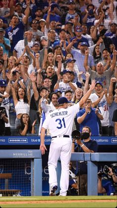 Dodger Blue, Dodgers Baseball, Los Angeles Dodgers, World Series, Champs, Mlb, Basketball Court, Baseball Cards, Sports