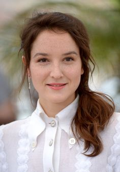 Anaïs Demoustier photos, including production stills, premiere photos and other…