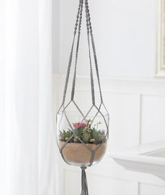Macramé Plant Hanger Free DIY Craft Pattern in Red Heart Yarns