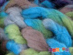 Chunky Yarn Scarf For girl , Knit Infinity Scarf , Knit Cowl Scarf , Knitted Neck Warmer , Knitted Neck Wrap , Chunky Knit Cowl, Short Scarf  #infinityscarf #infinityscarves #cowl #cowlscarf #cowlscarves #neckwarmer #chunkyyarn #chunkyyarnlover #chunkyyarnscarf #christmasgiftidea #christmasgiftforher #knittedscarf #knittedaccessories #winteraccessories #knittedneckwrap #neckwrap #knit #yarn #instaknit #i_love_winter