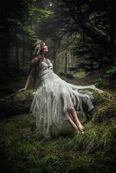 je tiens à vous habiller en robe à la française — oliviatheelf: Turid by LydiaHansen