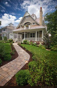 Eastern seaboard, Hampton, New England, Nantucket, Farmhouse style home