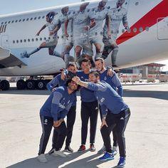"110 k mentions J'aime, 490 commentaires - Real Madrid C.F. (@realmadrid) sur Instagram: ""Selfie! 😃 @marcelotwelve 🙂 @karimbenzema 😄 @cristiano 😀 @garethbale11 📱 @sr4oficial…"""