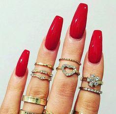 Uñas rojas – un clásico que nunca pasará de moda http://cursodeorganizaciondelhogar.com/unas-rojas-un-clasico-que-nunca-pasara-de-moda/ #Belleza #Decoraciondeuñas #Diseñosdeuñas #Tipsdebellezauñas #uñas #rojas #Uñasrojas-unclásicoquenuncapasarádemoda