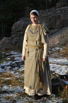 Finnish Eastern Viking-age woman by Aspova.deviantart.com on @deviantART