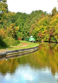 vwcampervan-aldridge: Autumn Colours on the Shropshire Union Canal, Shugborough, Staffordshire, England All Original Photography by http://vwcampervan-aldridge.tumblr.com Source:vwcampervan-aldridge 468 notes Aldridge, in a Campervan