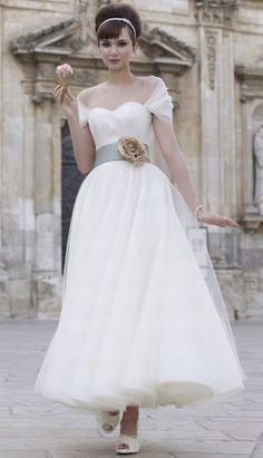 stephanie allin bardot dress.  so cute!