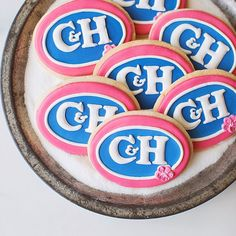 These C&H logo cookies are for an engagement party -- a surprise addition to the party from the groom-to-be's sister because the couple shares the same initials as this Californian & Hawaiian brand of sugar. #SoSweet!  _ #sweetkiera #skcookies #CHSugar @chsugar