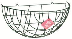 Traditioneller Wandkorb 40cm  Dieser schöne einfache Korb ist ideal für jede Innen- oder Außenwand. Sie können ihn als praktische Ablage benutzen oder eine kunstvolle Blumen- und Pflanzendekoration daraus machen.     Produktbeschreibung:  40cm breiter Korb Robuster St