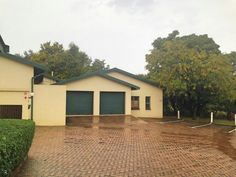 Town Houses For Sale in Die Hoewes. View our selection of apartments, flats, farms, luxury properties and houses for sale in Die Hoewes by our knowledgeable Estate Agents. Townhouse, Shed, Outdoor Structures, Luxury, Bedroom, Outdoor Decor, Home Decor, Decoration Home