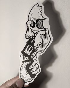 - Old School Tattoo Design Drawings, Skull Tattoo Design, Tattoo Sleeve Designs, Skull Tattoos, Tattoo Sketches, Tattoo Designs Men, Leg Tattoos, Black Tattoos, Body Art Tattoos