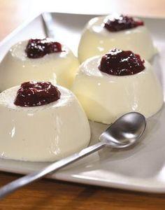 panakota me turi krema Mini Desserts, Greek Desserts, Cold Desserts, Party Desserts, Summer Desserts, Christmas Desserts, Delicious Desserts, Candy Recipes, Baby Food Recipes