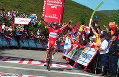 Joaquim Rodriguez (Katusha) denies Alberto Contador again to take his 3rd win at this year's Vuelta