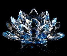 Free Shipping Crystal Lotus Art Glass Paperweight .