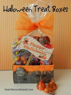 It's Written on the Wall: Freebie Easy Halloween Treat Box/Place Card and Gift tutorial, uses 12x12 scrapbook paper, edger (spooky halloween type)