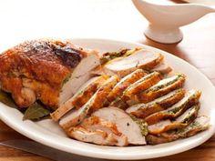 Herb Roasted Turkey Breast w/ Pan Gravy. Easy Yummy Rachel Ray Recipe- for whole Thanksgiving Turkey Food Network Recipes, Food Processor Recipes, Cooking Recipes, Cooking Tips, Cooking Steak, Cooking Food, Cooking Classes, Healthy Cooking, Healthy Foods