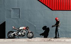 Cafe racers, scramblers, street trackers, vintage bikes and much more. The best garage for special motorcycles and cafe racers. Gs 500 Cafe Racer, Cafe Racer Honda, Custom Cafe Racer, Cafe Racer Bikes, Cafe Racer Motorcycle, Cafe Racers, San Petersburg, Ducati Monster 1000, Honda Cbx