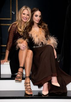 Christie Brinkley Photos Photos - Alexa Ray Joel Performs in NYC - Zimbio Pretty People, Beautiful People, Alexa Ray Joel, Christie Brinkley, Billy Joel, Aging Gracefully, Celebs, Celebrities, Famous Women