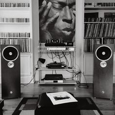 Zu Audio driven with tubes & media storage...