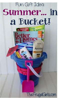 On the hunt for another fun gift idea?? How about some Beach Gift Ideas! It's easy to give the gift of Summer... in a Bucket! This is the perfect gift for your friends, teachers, bridesmaids, etc....