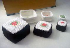 sushi nesting baskets