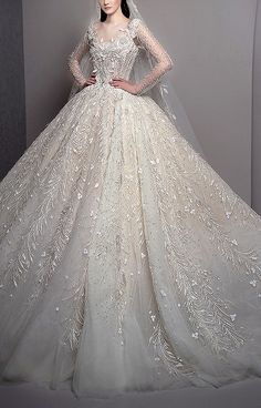 Wedding Dress Backs, Wedding Dresses With Flowers, Gorgeous Wedding Dress, Princess Wedding Dresses, Colored Wedding Dresses, Bridal Wedding Dresses, Bridal Lace, Dream Wedding Dresses, Lace Wedding