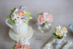 Dollhouse miniature flowers Sweet memories by CheilysMiniature