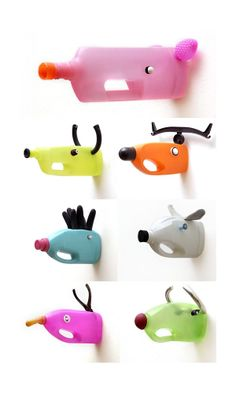 PLASTIC BOTTLES WITH ANIMALS