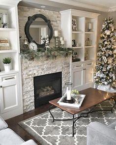 Farmhouse Fireplace Design Ideas Best For This Winter And Christmas - Fireplace Decor Farmhouse Fireplace, Home Fireplace, Fireplace Remodel, Living Room With Fireplace, Fireplace Design, Home Living Room, Living Room Designs, Fireplace Ideas, Mantel Ideas