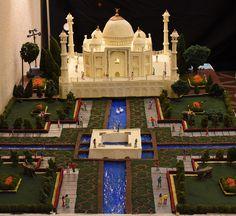 Golu 2017 - Taj Mahal - Veena loksingh on Flickr! Quilling Dolls, Quilling Art, Janmashtami Decoration, Mysore Palace, Ganapati Decoration, Diy And Crafts, Crafts For Kids, Wedding Doll, Indian Festivals