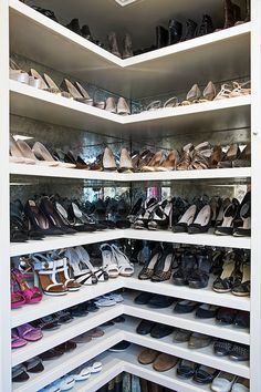 LA Closet Design - antiqued mirrored shoe shelves