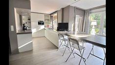Kitchen Island, Studio, Table, Furniture, Home Decor, Island Kitchen, Homemade Home Decor, Mesas, Home Furnishings