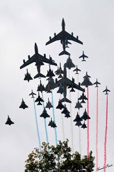 Bastille Day 2014, all the planes in one photo