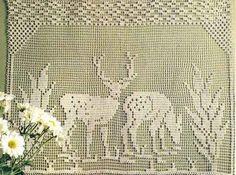 Схема вязания крючком картины «Олени в лесу»