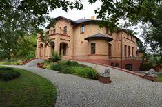 """Willa """"Orłowo"""" w Inowrocławiu wybudowana w 1872 roku. Obecnie - pensjonat."""